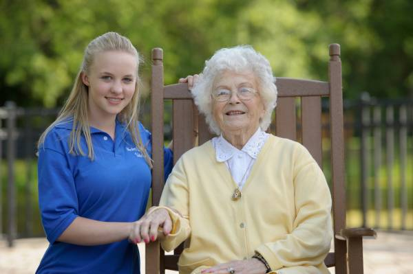 The Benefits Of Volunteering At A Senior Living Community