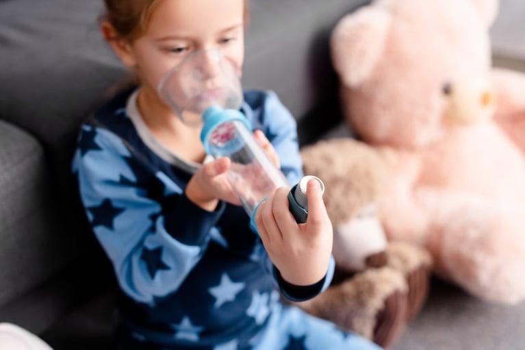 Astma oskrzelowa u dzieci, czyli przeciwnik, o wielu twarzach – podstawowe zasady skutecznego leczenia i kontroli choroby