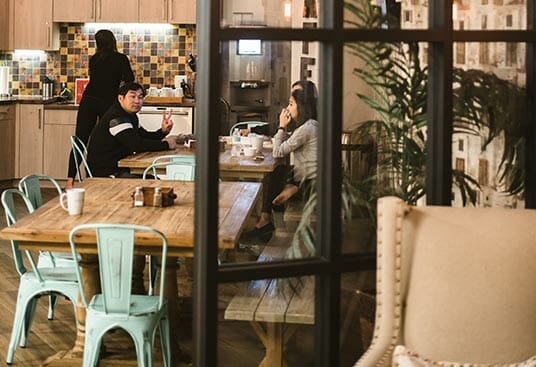 5 Creative Events You Can Do in Coworking Meeting Rooms