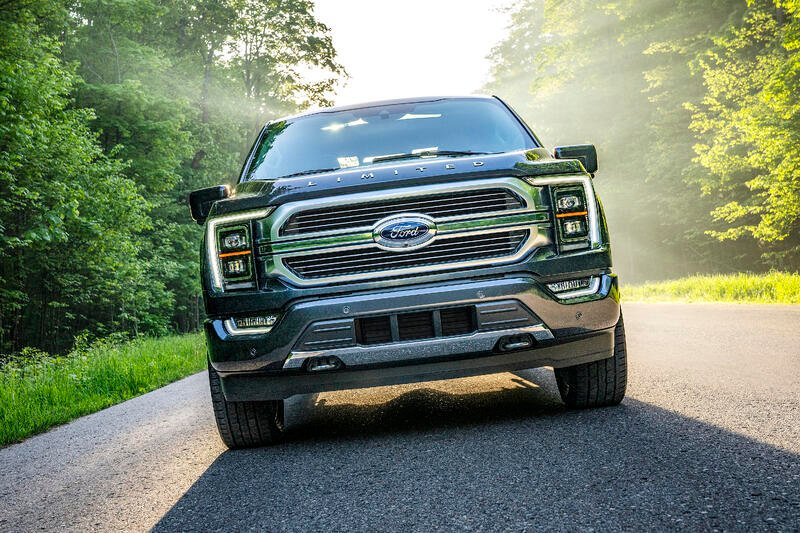 Ford Helps U.S. Army Soldiers Transition to Civilian Work