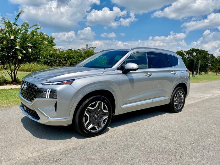 2021 Hyundai Santa Fe Calligraphy 2.5T AWD Review
