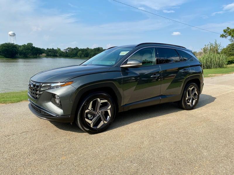 2022 Hyundai Tucson Limited AWD Hybrid Review