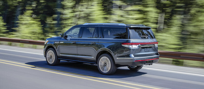 2022 Lincoln Navigator Debuts ActiveGlide Hands-Free Tech