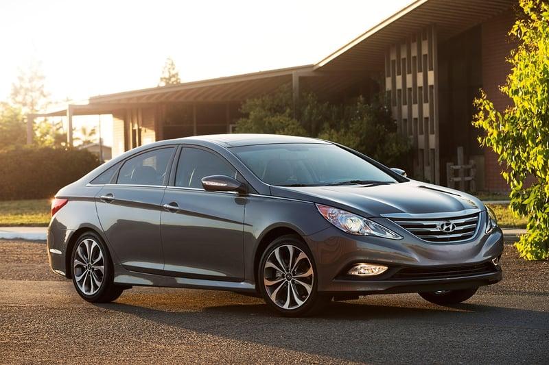 Hyundai Recalls 100,000 Sonata, Santa Fe Vehicles