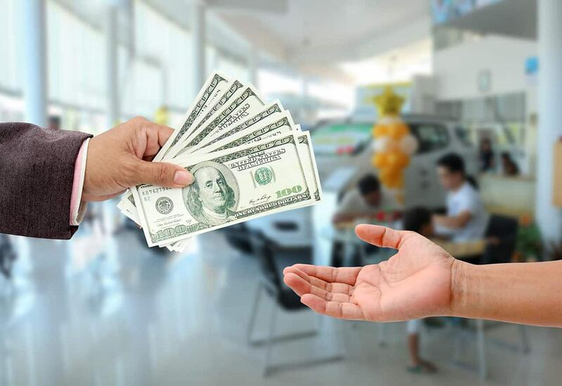 Will Paying Cash Save You Money at the Car Dealership?