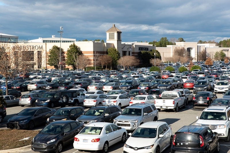 Holiday Shoppers: Be Careful Parking At The Mall