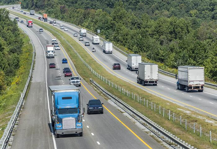 Car Pro Advice: Sharing the Road With 18-Wheelers