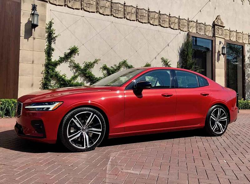 2019 Volvo S60 AWD R-Design Review and Test Driv