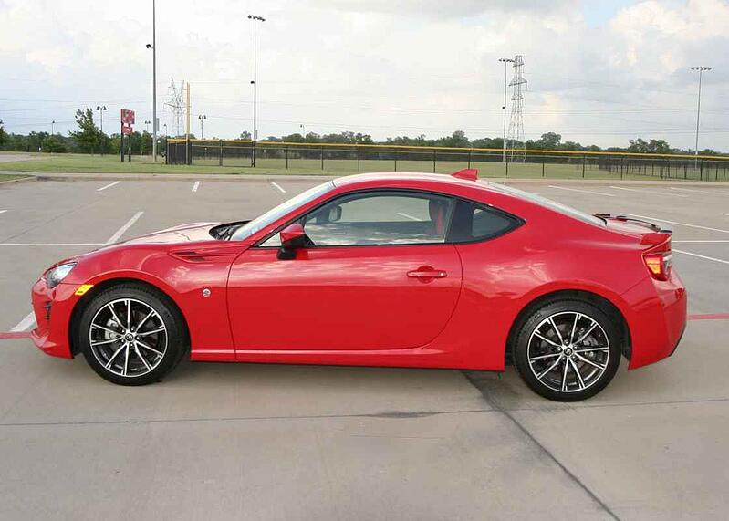 2019 Toyota 86 GT Review and Test Drive