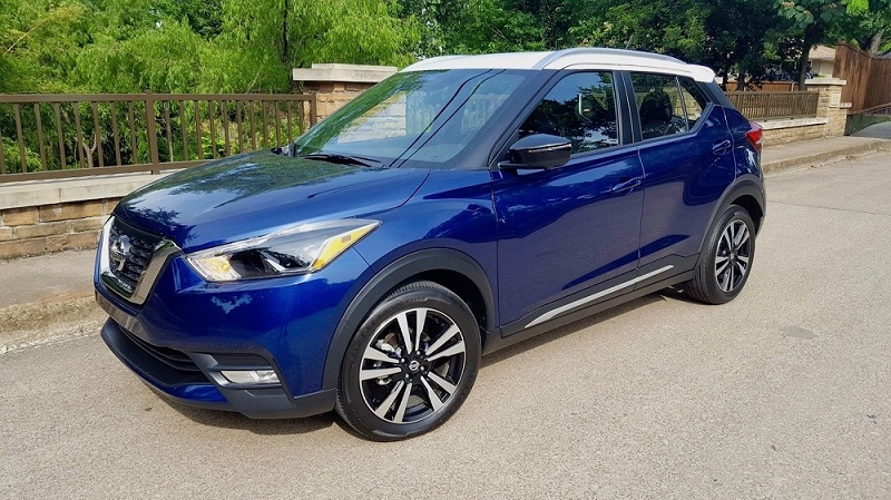 2019 Nissan Kicks SR Review