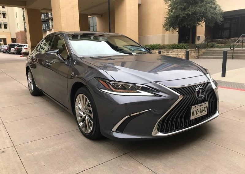 2020 Lexus ES 300h Ultra Luxury Review