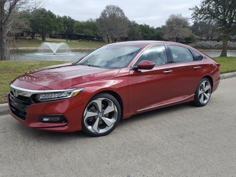 2020 Honda Accord Touring 2.0T Is The Right Mix of Style, Performance and Comfort