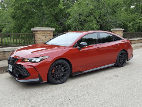 2020 Toyota Avalon TRD Review