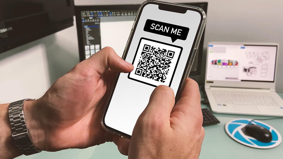 Deliver AR on iOS and Android with single QR Code