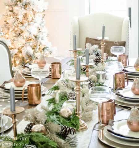 metallic christmas table setting