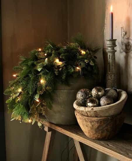 minimalist christmas ornaments