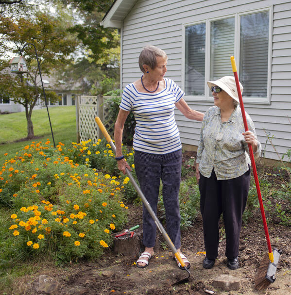 Spring Cleaning for Seniors: Tips for Decluttering in Style!