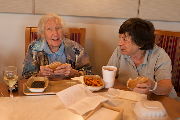 How a Healthy Diet Can Help Reduce Risk of Alzheimer's