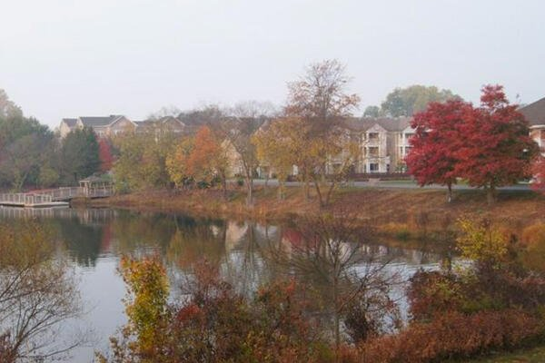 Why Fall is the Best Time to Move to Assisted Living