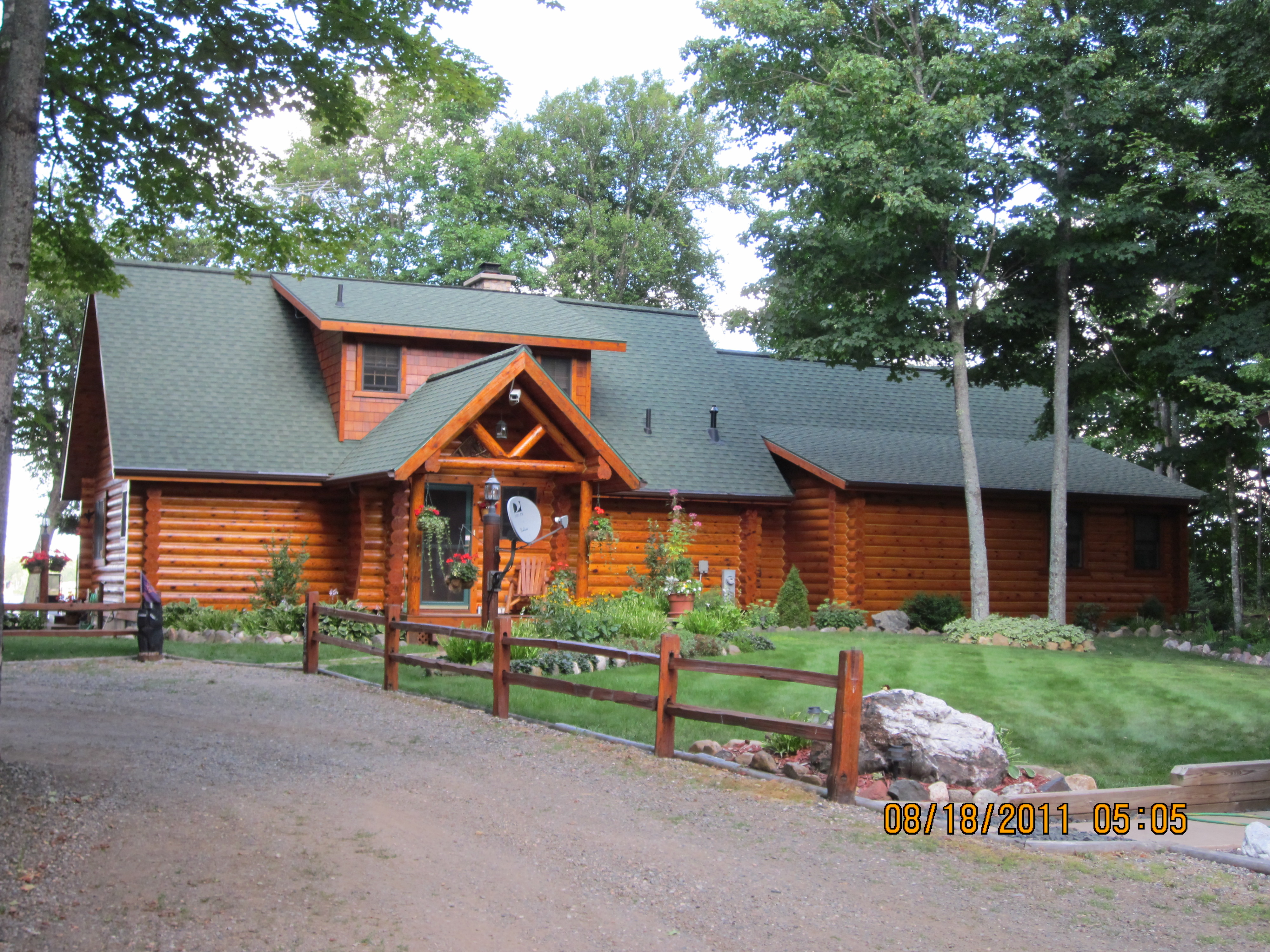 Sikkens Log Home Maintenance