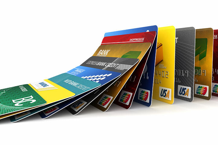 'What Happens to My Card If a Store Closes? Will It Fix My Credit?'