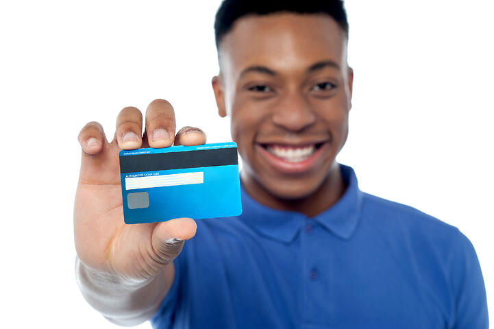 Tips to Manage Credit Cards and Pay Bills On Time