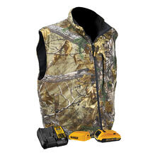 DEWALT®  Realtree Xtra® Camouflage Fleece Heated Vest