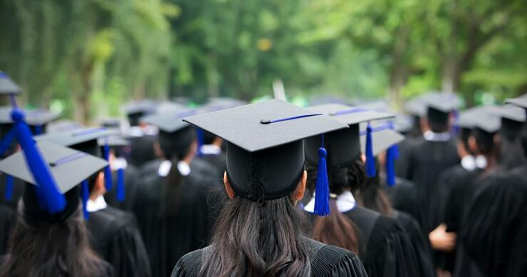5 Money Moves to Make Before Graduating College