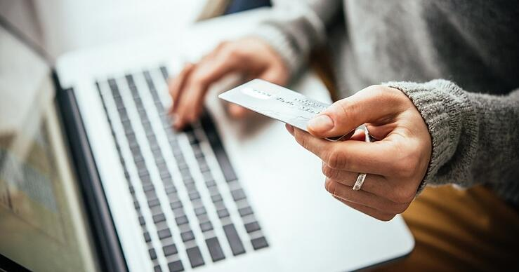 6 Things Not to Buy With a Student Credit Card