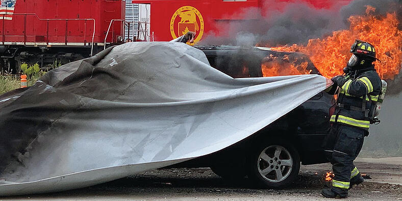 Isolate Smoke and Fire within Seconds with the Car Fire Blanket