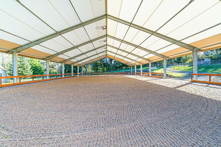 steel I-beams in an equestrian riding arena