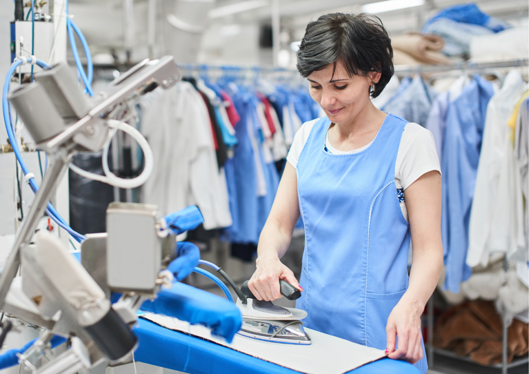 Benefits Of Using A Commercial Laundry Service