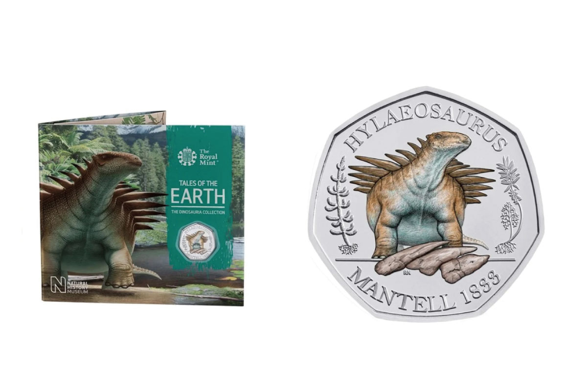 united-kingdom-augmented-reality-features-on-final-three-coin-set-in-tales-of-the-earth-dinosauria-series-01
