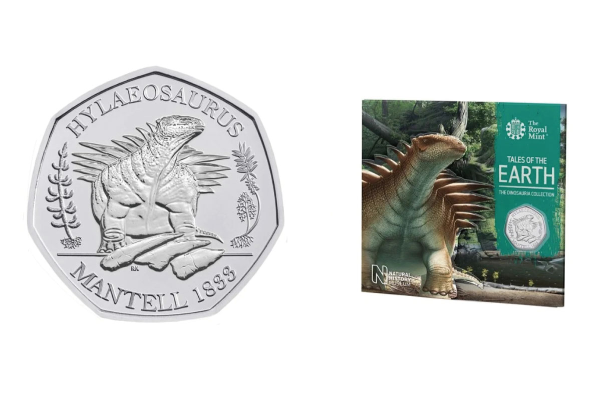 united-kingdom-augmented-reality-features-on-final-three-coin-set-in-tales-of-the-earth-dinosauria-series-05