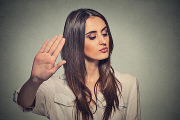 Toxic Workplace? 7 Warning Signs No Leader Should Miss