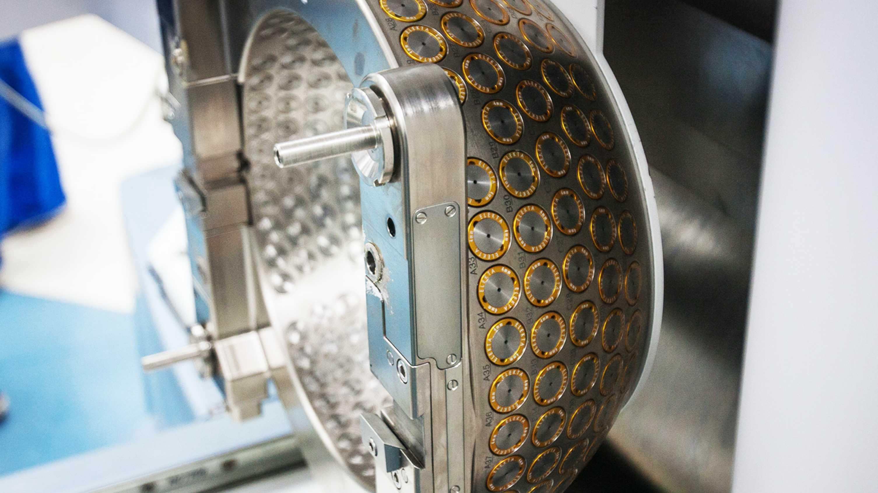 maquina de radiocirugia estereotaxica