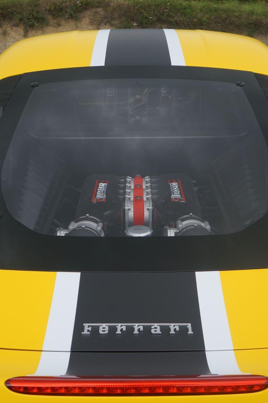 1000 x 1500 px_Personal Vehicle_Ferrari vehicle wrap