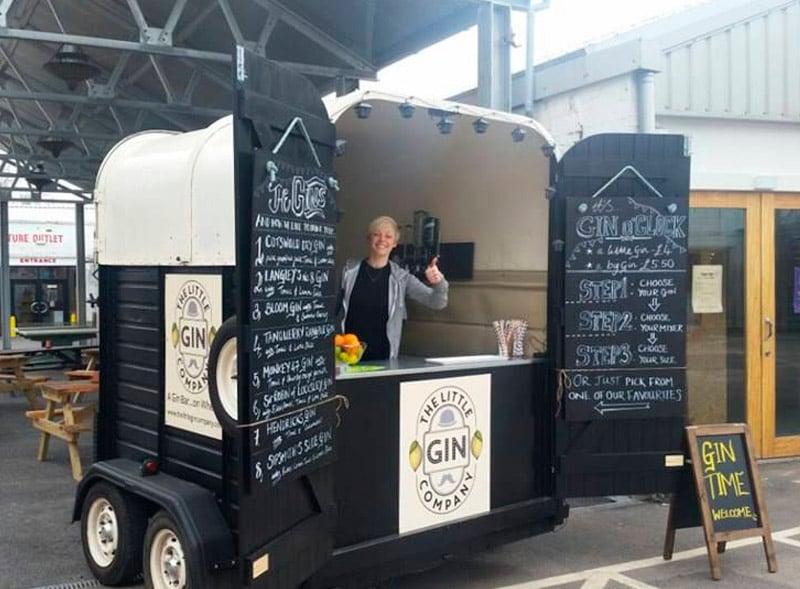 Little Gin Company drinks sampling using a horsebox trailer bar
