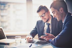 Erfolgreich delegieren in 7 Schritten: So gelingt das effiziente Übertragen von Aufgaben!