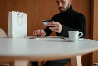 Cómo aceptar pagos recurrentes en tu comercio