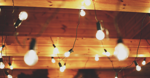 Leave the whole neighborhood speechless with these outdoor lighting tips!