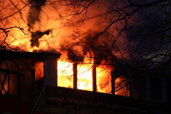 De vluchttijd bij een woningbrand (video)