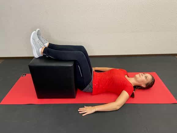 Übung 2 bei akuten Rückenschmerzen