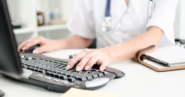 How Electronic Medical Records (EMR) Software Can Benefit Your Chicago Medical Practice