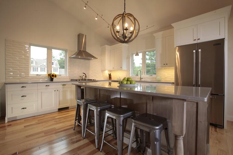 Quality Custom Kitchen Cabinets at Oxland