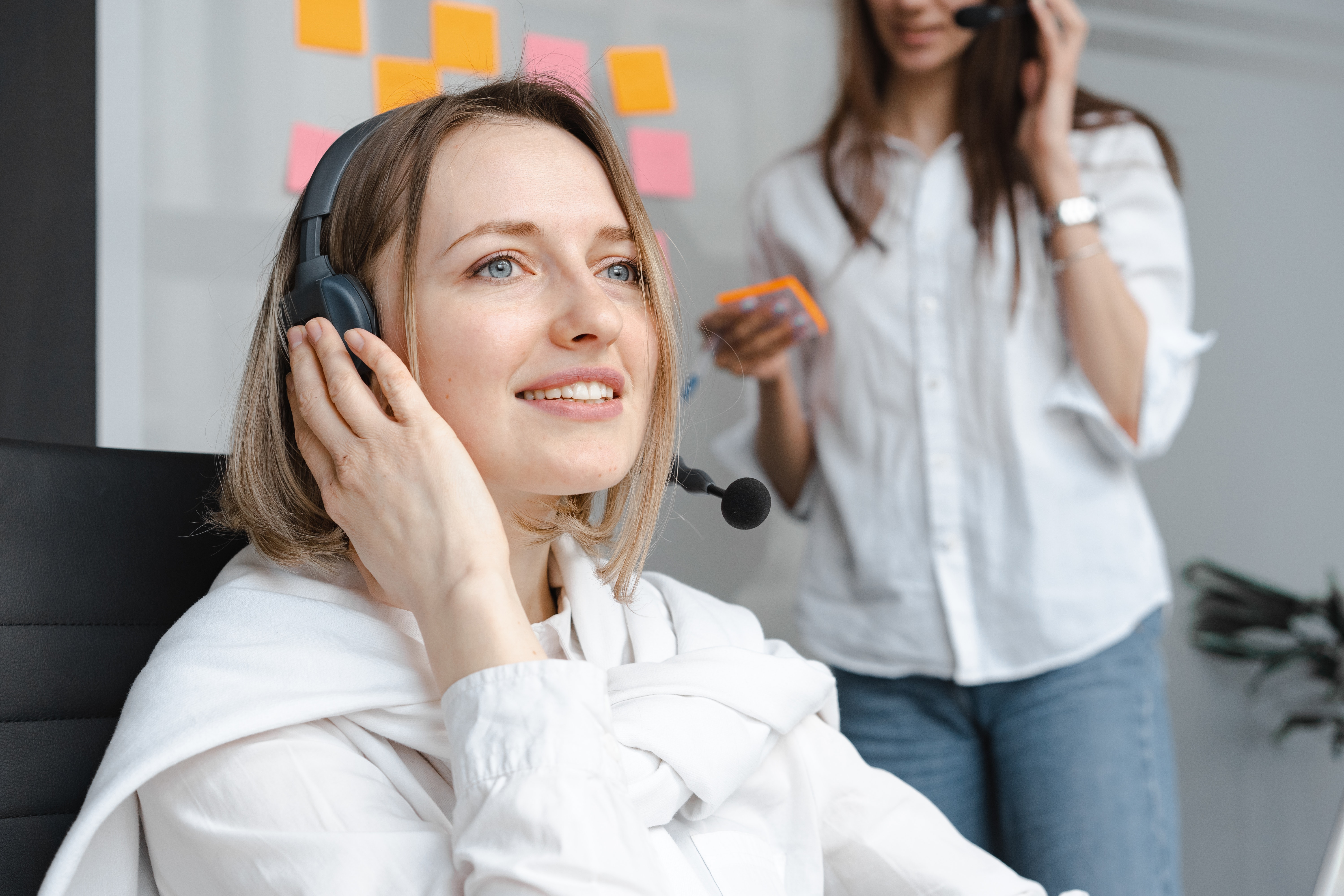 How to Improve Contact Center Performance with Enhanced Quality Monitoring [Audio]