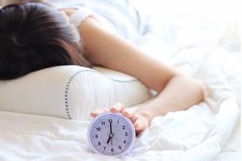 「4時間半熟睡法」の著者に聞いた!短い睡眠でもバリバリ仕事をする方法