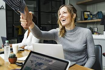 Googleマイビジネスの代行を依頼する前に知っておくべき基本情報