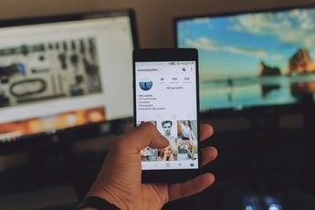 Instagramで検索履歴を消す方法|検索履歴の疑問も徹底解説