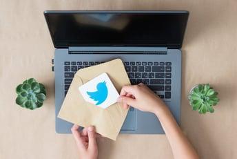ついにTwitterにブックマーク機能が!スマホ&パソコンからの使い方総まとめ